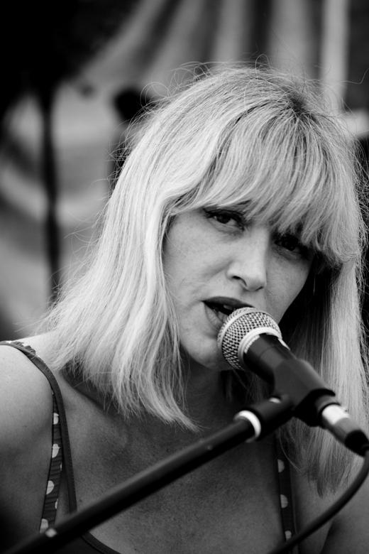 Hannah Clive singer/songwriter Battfest 2012 ©Darren Tyler/Photorocks